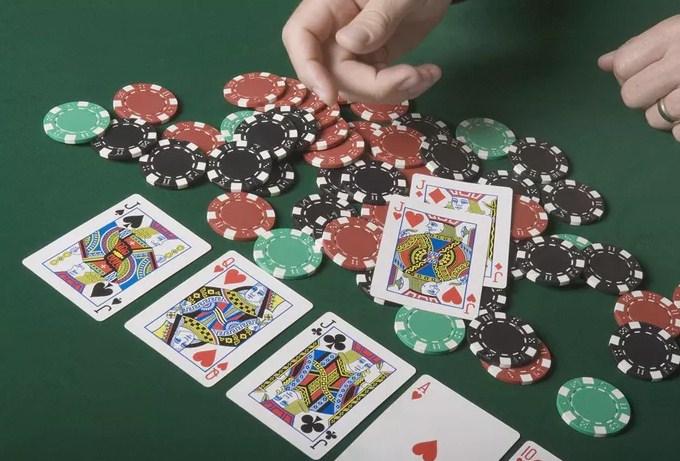 Cara Mudah Bermain Texas Holdem Poker